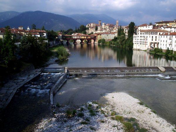 Bassano del Grappa. Gdzie swe wody Brenta toczy
