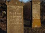 Barcice. Cmentarze olęderskich mennonitów