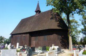 Koźmin Wielkopolski Drewniany kościół i trzy cmentarze