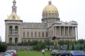 Licheń Stary Największa świątynia w Polsce