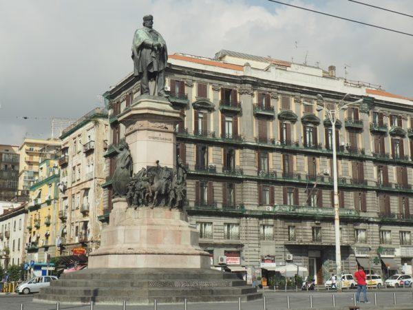 Neapol. Południe Włoch po Wyprawie Tysiąca