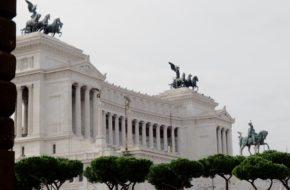 Rzym Ku miastu wszystkich Włochów