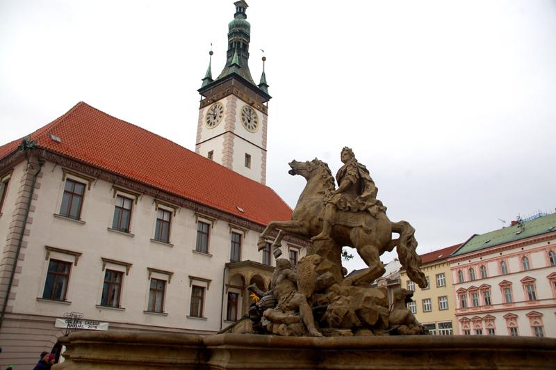 Ołomuniec. Fontanny barokowe i jedna nowa