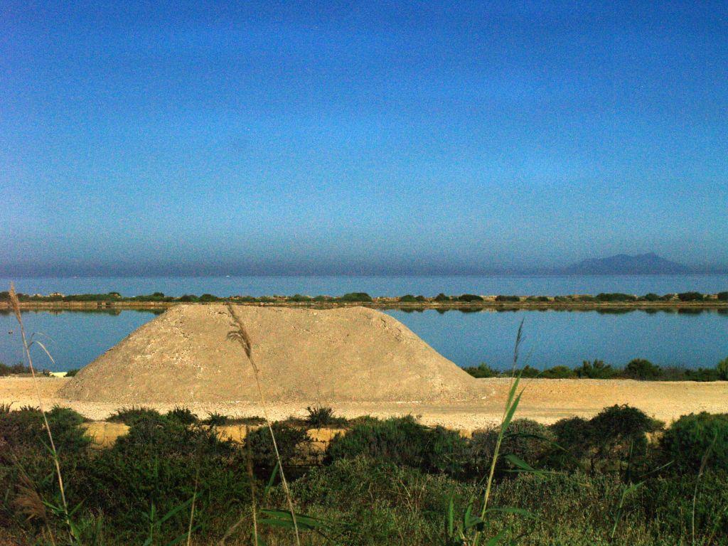 Cape Boeo. Saliny w rezerwacie Laguny Stagnone