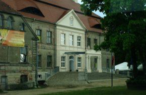 Siemczyno Barokowy pałac, największy w regionie