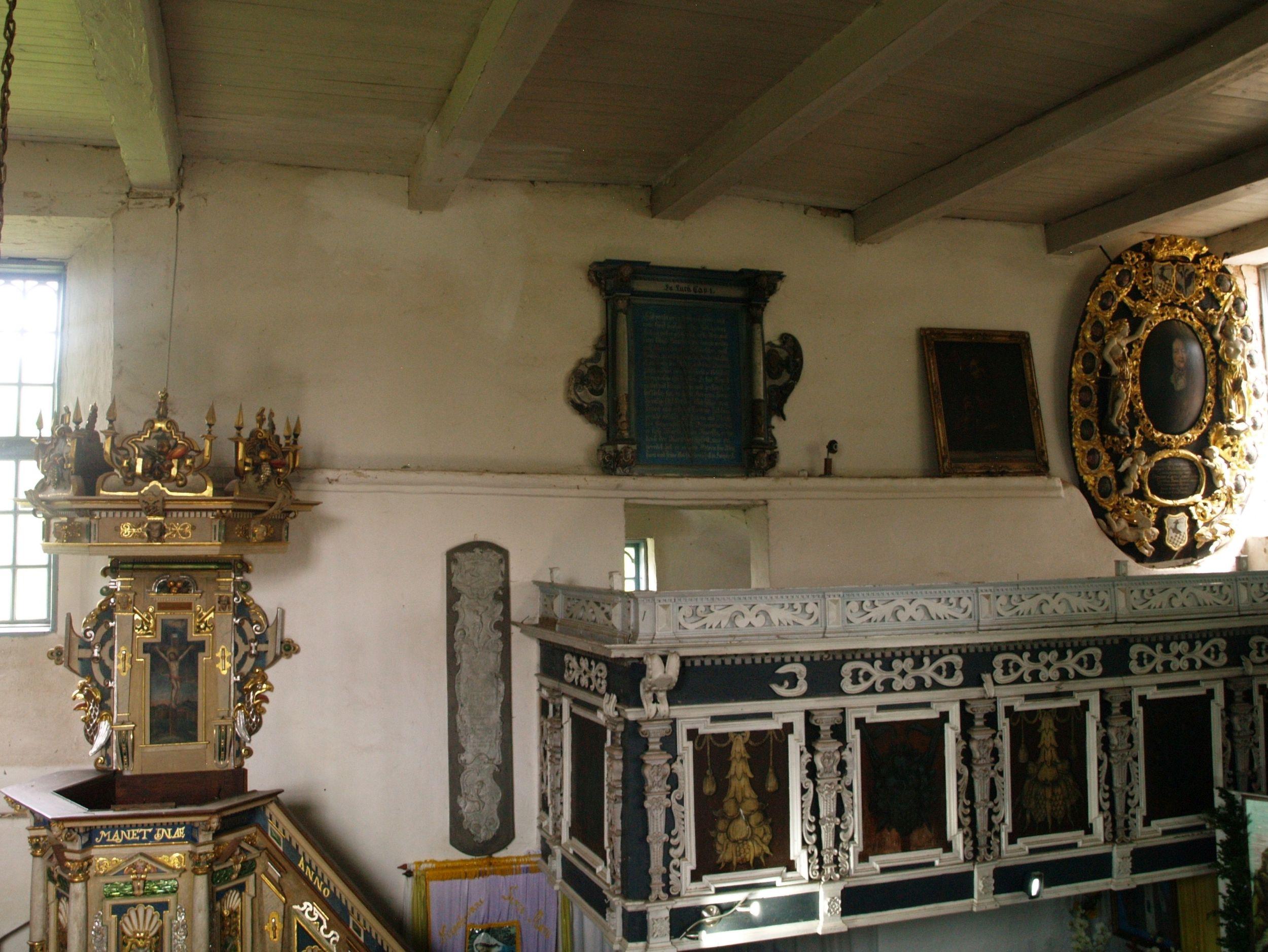 Krąg. Kaplica na chwałę rodu Podewils