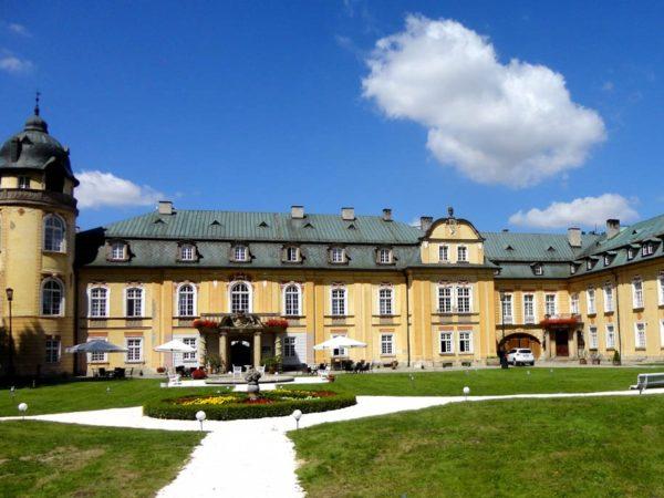 Żelazno Transgraniczny Festiwal Wrażeń w pałacu