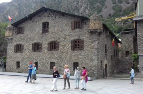 Andora Spieszmy zwiedzać ten wyjątkowy kraj