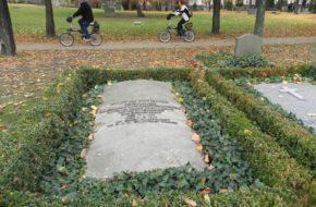 Berlin Cmentarz Inwalidów zniszczony murem