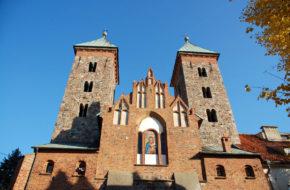 Czerwińsk nad Wisłą Znów miasto wokół romańskiej bazyliki