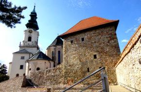 Nitra Katedra i zamek na skalnym wzgórzu