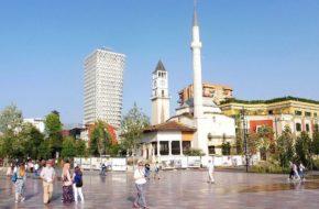 Tirana Moje wrażenia ze spaceru po mieście