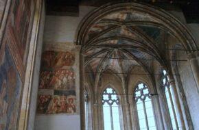 Neapol Gotyk w Santa Maria Donnaregina