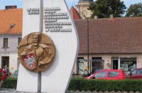 Koźmin Wielkopolski Dawny zabijaka i choinkowe bombki