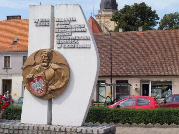 Koźmin Wielkopolski. Dawny zabijaka i choinkowe bombki