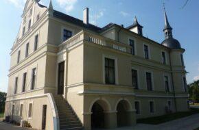 Orla Eklektyczny pałac mieści dziś hotel
