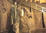 Wieliczka. Turystyczną trasą przez kopalnię soli