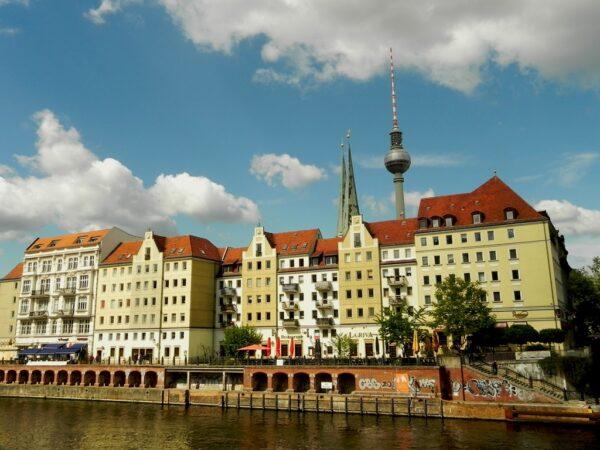 Berlin. Postcovidowy spacer ulicami miasta