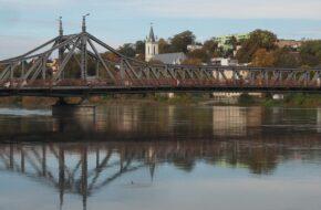 Krosno Odrzańskie Stalowy most na Odrze