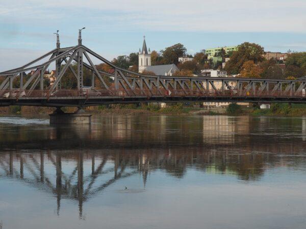 Krosno Odrzańskie. Stalowy most na Odrze