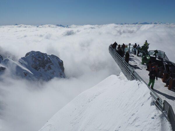Dachstein. Droga donikąd i spacer w głąb lodowca