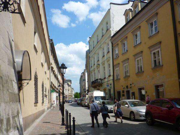 Kraków Miasto królewskie i… turystyczne