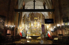 """Gdańsk """"Bursztynowa"""" bazylika św. Brygidy"""