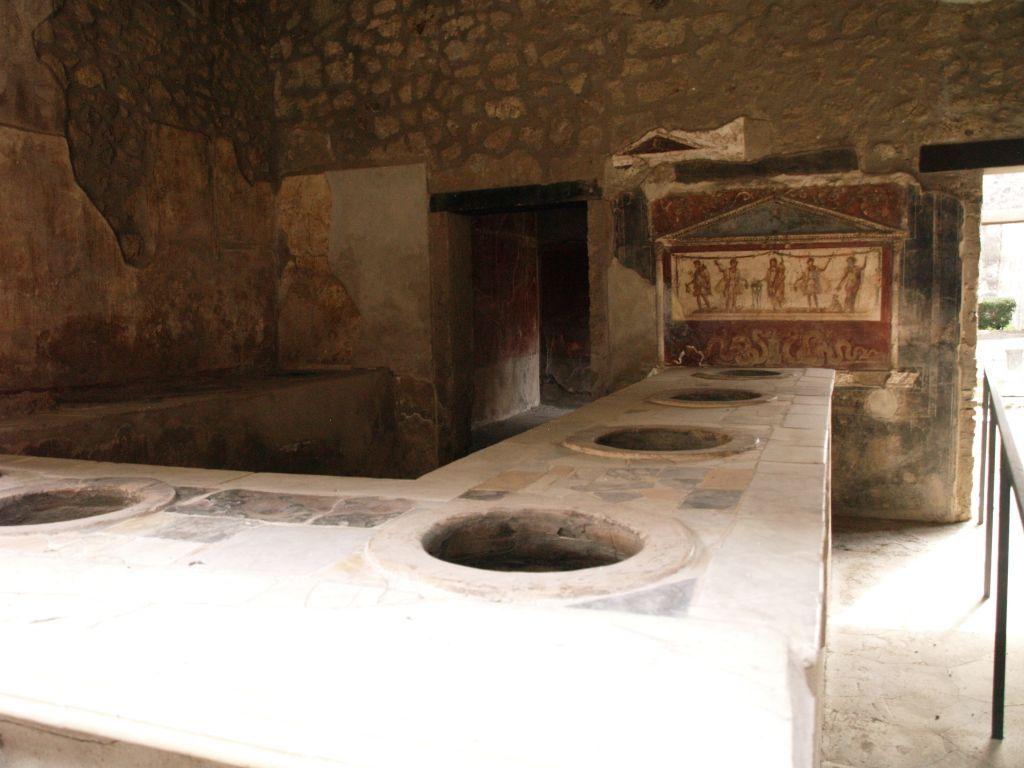 Pompeje. Najbardziej żywe z martwych miast