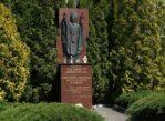 Kamieńsk. Dwa pomniki Tadeusza Kościuszki