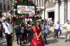 Wenecja Santacruzan, czyli marsz Filipińczyków